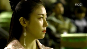 Empress.Ki.E28.140204.HDTV.XviD-LIMO.avi_002664731