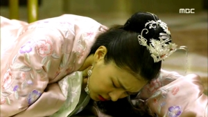 Empress.Ki.E28.140204.HDTV.XviD-LIMO.avi_003498264