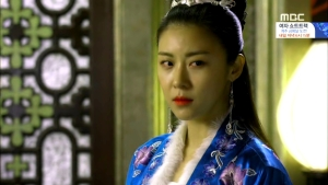 Empress.Ki.E30.140217.HDTV.XviD-LIMO.avi_000419919