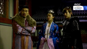 Empress.Ki.E30.140217.HDTV.XviD-LIMO.avi_003521221