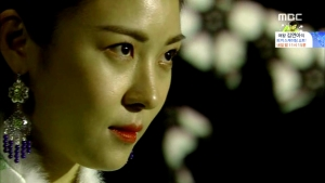 Empress.Ki.E31.140218.HDTV.XviD-LIMO.avi_002548314