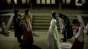 Empress.Ki.E32.140224.HDTV.XviD-LIMO.avi_000295795