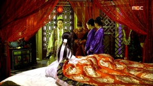Empress.Ki.E32.140224.HDTV.XviD-LIMO.avi_000583583