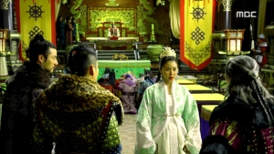 Empress.Ki.E32.140224.HDTV.XviD-LIMO.avi_001533233