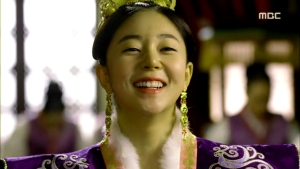 Empress.Ki.E32.140224.HDTV.XviD-LIMO.avi_001982415
