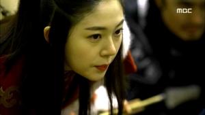 Empress.Ki.E33.140225.HDTV.XviD-LIMO.avi_000754921