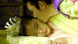 Empress.Ki.E34.140303.HDTV.XviD-LIMO.avi_000475608