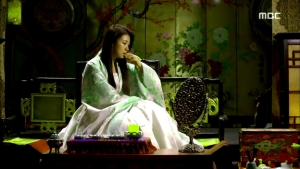 Empress.Ki.E34.140303.HDTV.XviD-LIMO.avi_000954320
