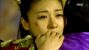 Empress.Ki.E34.140303.HDTV.XviD-LIMO.avi_002064330