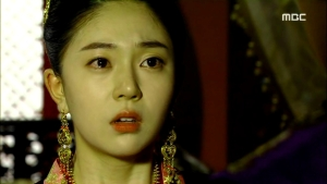 Empress.Ki.E34.140303.HDTV.XviD-LIMO.avi_002669035