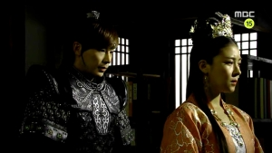 Empress.Ki.E35.140304.HDTV.XviD-LIMO.avi_000029696