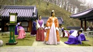 Empress.Ki.E35.140304.HDTV.XviD-LIMO.avi_000113913