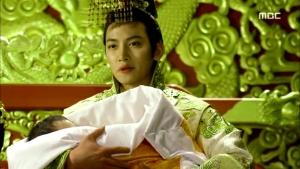 Empress.Ki.E35.140304.HDTV.XviD-LIMO.avi_003289155