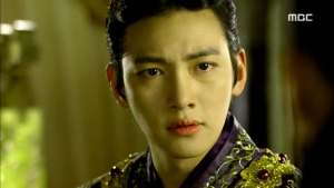 Empress.Ki.E36.140310.HDTV.XviD-LIMO.avi_001053586