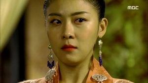 Empress.Ki.E37.140311.HDTV.XviD-LIMO.avi_003418618
