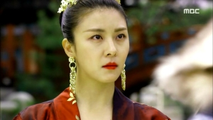 Empress.Ki.E38.140317.HDTV.XviD-LIMO.avi_000886686
