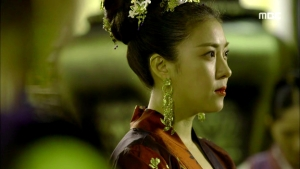 Empress.Ki.E38.140317.HDTV.XviD-LIMO.avi_001530930