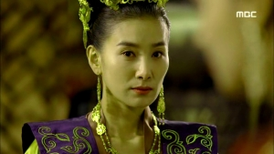 Empress.Ki.E38.140317.HDTV.XviD-LIMO.avi_001532198