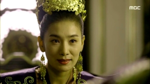 Empress.Ki.E38.140317.HDTV.XviD-LIMO.avi_001669035