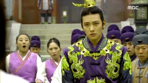 Empress.Ki.E38.140317.HDTV.XviD-LIMO.avi_002167133