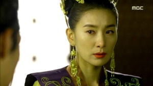 Empress.Ki.E39.140318.HDTV.XviD-LIMO.avi_000900133
