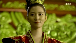 Empress.Ki.E39.140318.HDTV.XviD-LIMO.avi_001324257