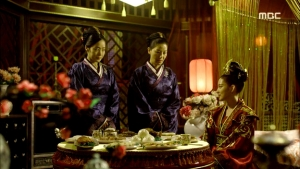 Empress.Ki.E39.140318.HDTV.XviD-LIMO.avi_001543443