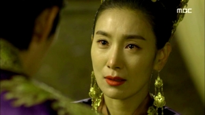 Empress.Ki.E39.140318.HDTV.XviD-LIMO.avi_001681981