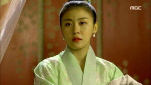 Empress.Ki.E39.140318.HDTV.XviD-LIMO.avi_001710110