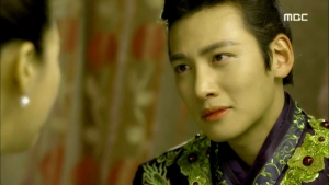 Empress.Ki.E39.140318.HDTV.XviD-LIMO.avi_001792125