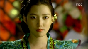 Empress.Ki.E40.140324.HDTV.XviD-LIMO.avi_000457223