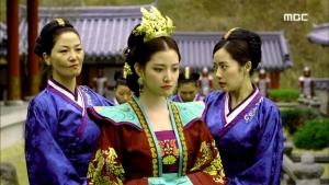 Empress.Ki.E40.140324.HDTV.XviD-LIMO.avi_001704838