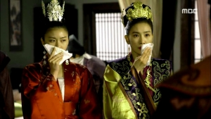Empress.Ki.E41.140325.HDTV.XviD-LIMO.avi_000695628