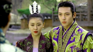 Empress.Ki.E41.140325.HDTV.XviD-LIMO.avi_002246713