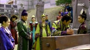Empress.Ki.E41.140325.HDTV.XviD-LIMO.avi_003478445