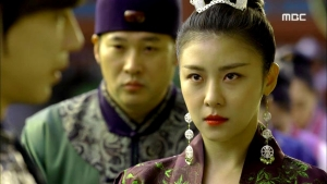 Empress.Ki.E42.140331.HDTV.XviD-LIMO.avi_002543176