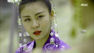 Empress.Ki.E44.140407.HDTV.XviD-LIMO.avi_000255722