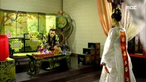 Empress.Ki.E46.140414.HDTV.XviD-LIMO.avi_001194661