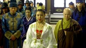 Empress.Ki.E46.140414.HDTV.XviD-LIMO.avi_001641274