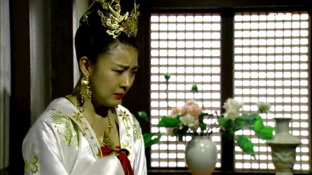 Empress.Ki.E46.140414.HDTV.XviD-LIMO.avi_001923323