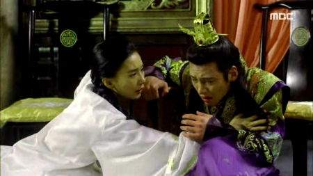 Empress.Ki.E46.140414.HDTV.XviD-LIMO.avi_003128028