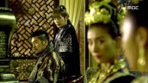 Empress.Ki.E46.140414.HDTV.XviD-LIMO.avi_003383850