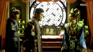 Empress.Ki.E46.140414.HDTV.XviD-LIMO.avi_003408842