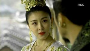 Empress.Ki.E47.140415.HDTV.XviD-LIMO.avi_000402569
