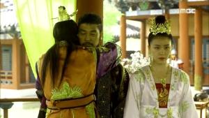 Empress.Ki.E47.140415.HDTV.XviD-LIMO.avi_000910377
