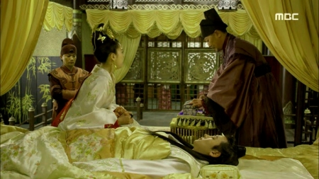 Empress.Ki.E47.140415.HDTV.XviD-LIMO.avi_002312178
