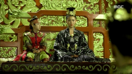 Empress.Ki.E47.140415.HDTV.XviD-LIMO.avi_002859826