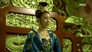 Empress.Ki.E47.140415.HDTV.XviD-LIMO.avi_003239239