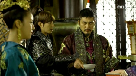 Empress.Ki.E47.140415.HDTV.XviD-LIMO.avi_003386886