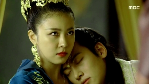 Empress.Ki.E48.140421.HDTV.XviD-LIMO.avi_000251985